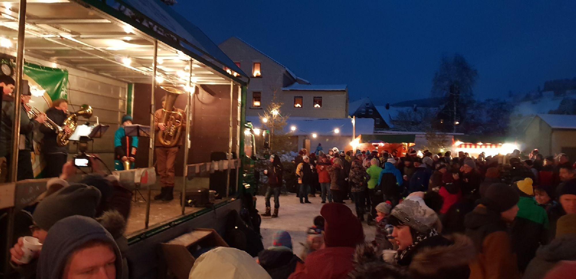 Bühne zum Rechenberger Weihnachtsmarkt